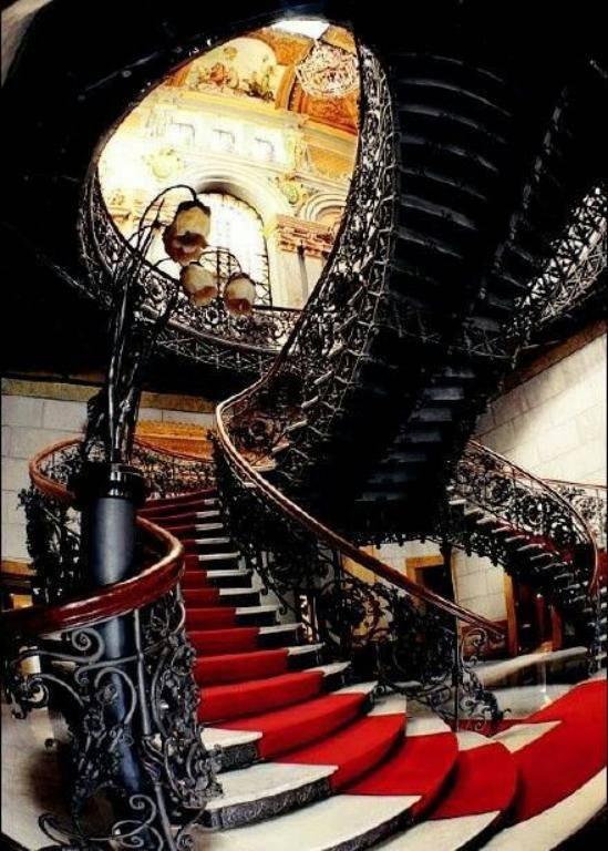 نرده راه پله سلطنتی