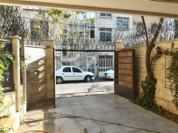 نصب حفاظ شاخ گوزنی بدون مزاحمت برای درب فلزی